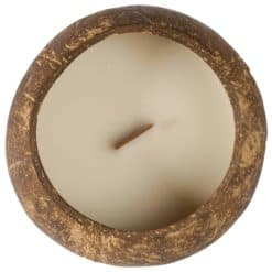 Alege lumanare decorativa in nuca de cocos Dua cu parfum de vanilie.