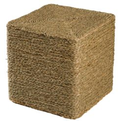 Alege puf cub din iarba de mare Bai Thom.